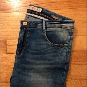 Zara Premium Wash Distressed Skinny Jeans